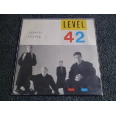 """LEVEL 42 - LESSONS IN LOVE 7"""" - Nr MINT FUNK POP"""