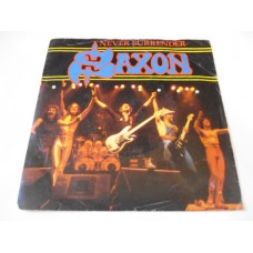 "SAXON - NEVER SURRENDER 7"" - Nr MINT UK"