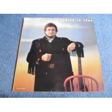 JOHNNY CASH - JOHNNY CASH IS COMING TO TOWN LP - Nr MINT A1/B1 UK  COUNTRY